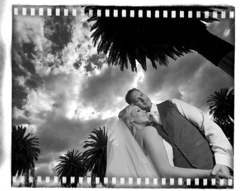 Albert Park Lake wedding photo